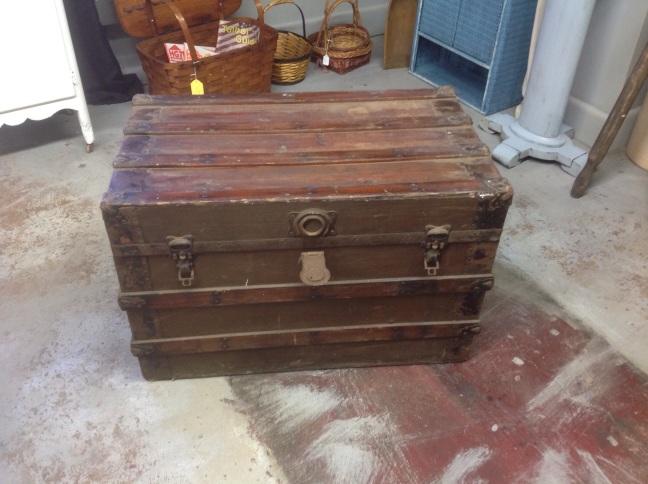 #trunk#flat top#vintage#storage#chest